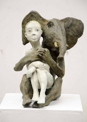 B_elephant et la femme bronze 35X30X30